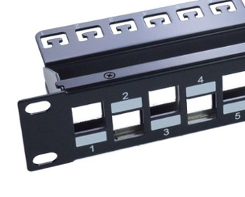 Patch Panel niewyposażony 19
