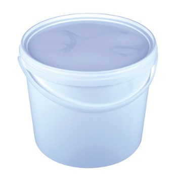White plastic bucket 10 L