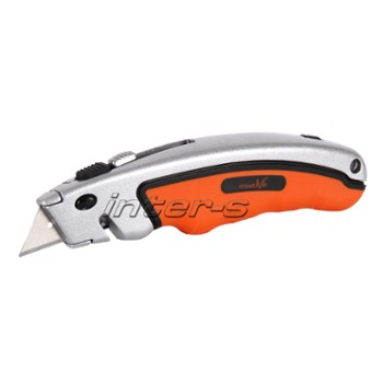 Snap off cutter with trapeze blades