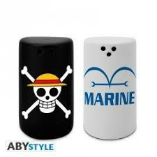 ONE PIECE SALT PEPPER SHAKERS SKULL MARI