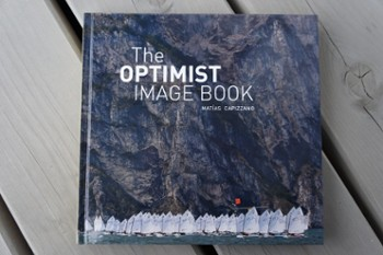 Album THE OPTIMIST IMAGE BOOK Matias Cap